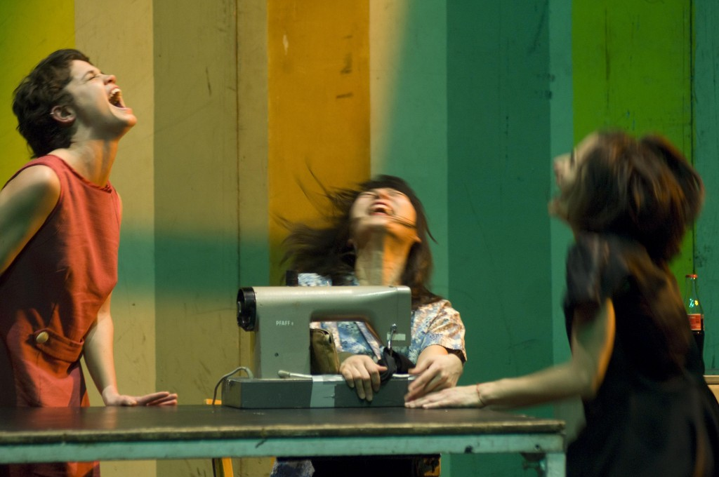 """Das Stueck """"Travelogue I - Twenty to eight"""" von Sasha Waltz im Radialsystem V am 21. 12. 2007 in Berlin."""